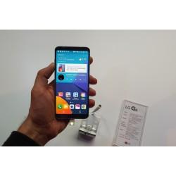 Óriási kijelzőt és vízállóságot kínál az LG G6